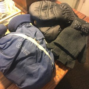 Accessories - Bundle of three sets of mittens